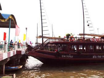 Hanoi20111011100